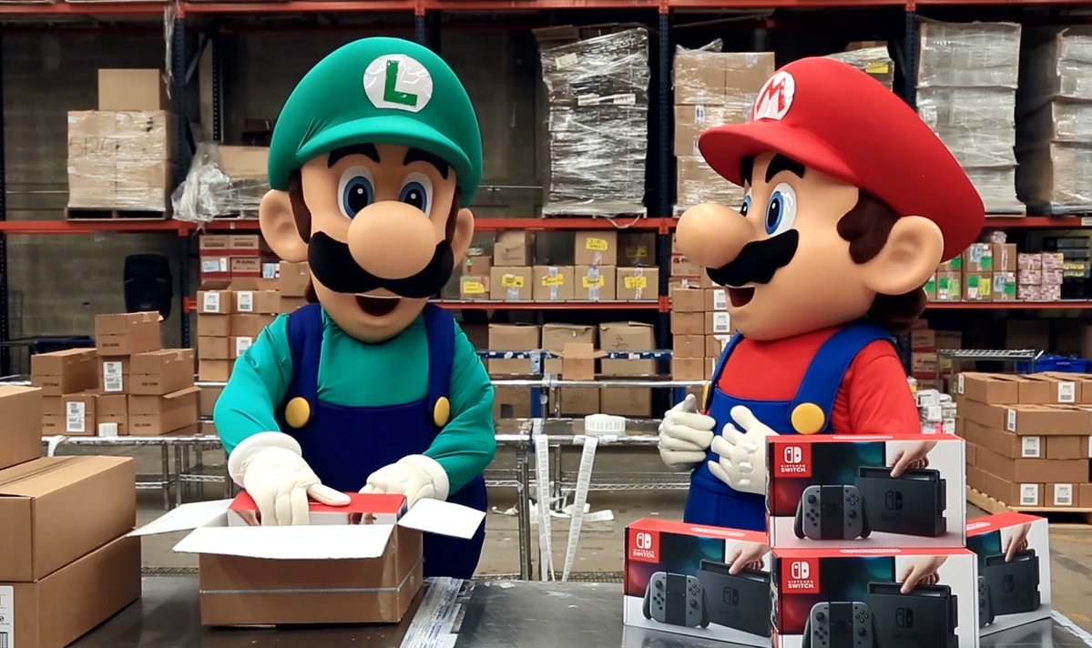 マリオとルイージもニンテンドースイッチの出荷に大忙し!?