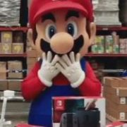 Nintendo Switch、中古でも新品並み価格で取引