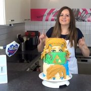 ドイツの女性Youtuberの方が、リンクとゼルダのケーキを作る! クオリティが凄い!!