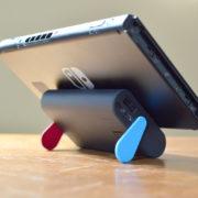 サンコーレアモノショップから『充電スタンド付 モバイルバッテリー 大容量10000mAh』が発売!