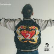 ほぼ日MOTHERプロジェクトよりスタッフや関係者に配られた希少な『スカジャン (スーベニアジャケット)』復刻版が2月25日(木) 午前11時より販売決定!
